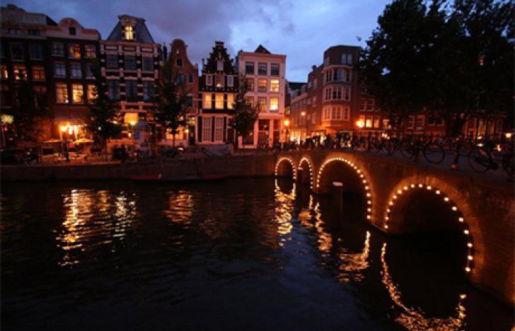 Web-affine Niederländer